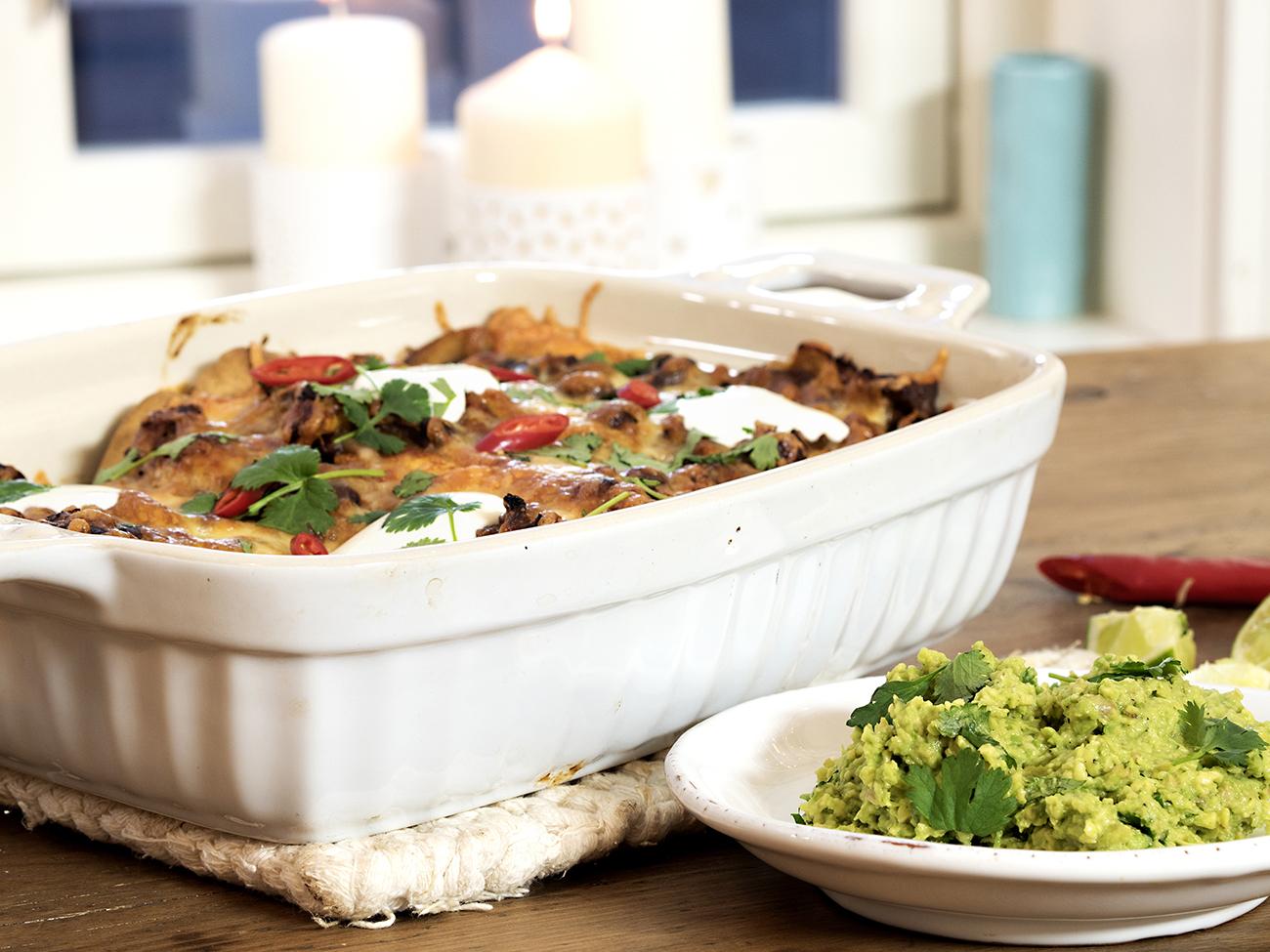 enchiladas med kjøttdeig sopp og bønner
