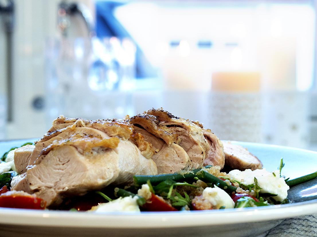 kyllingsalat-med-quinoa-og-avokado