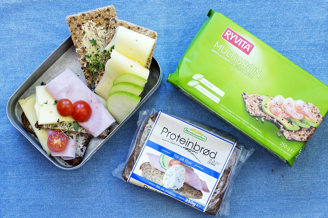matpakke-med-ryvita-og-proteinbrod