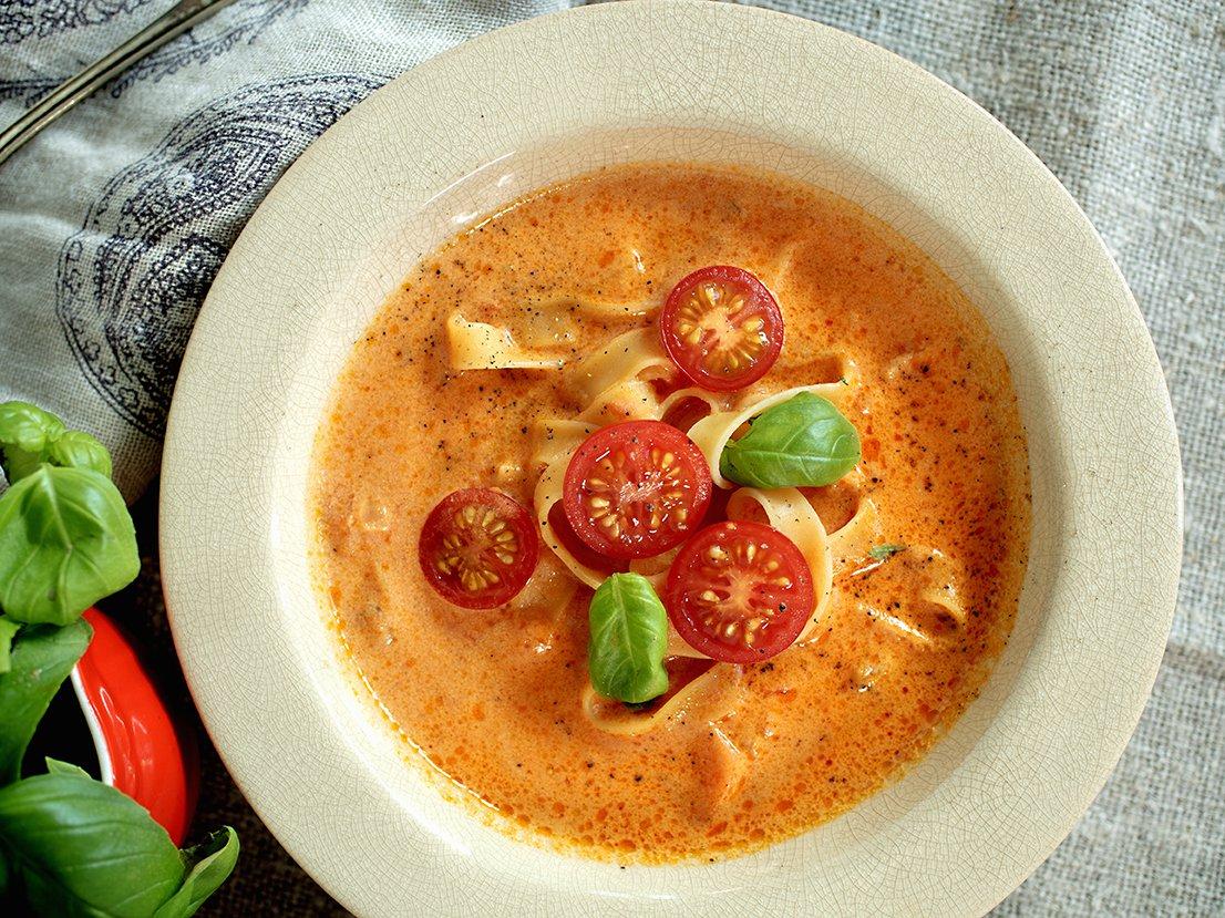 tomatisert-gronnsakssuppe