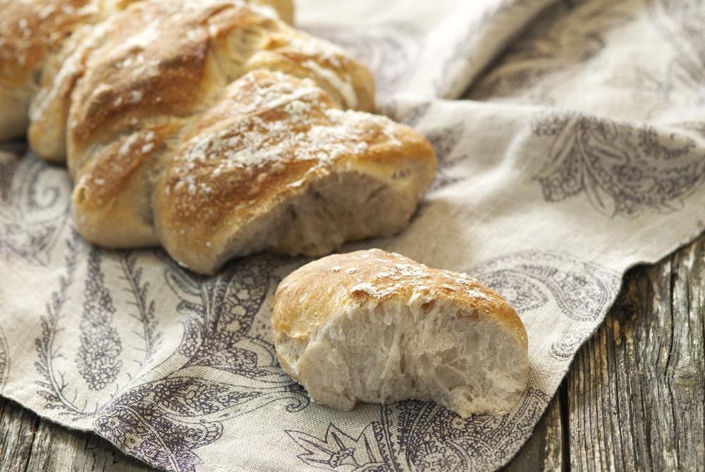 Nesten flettet brød