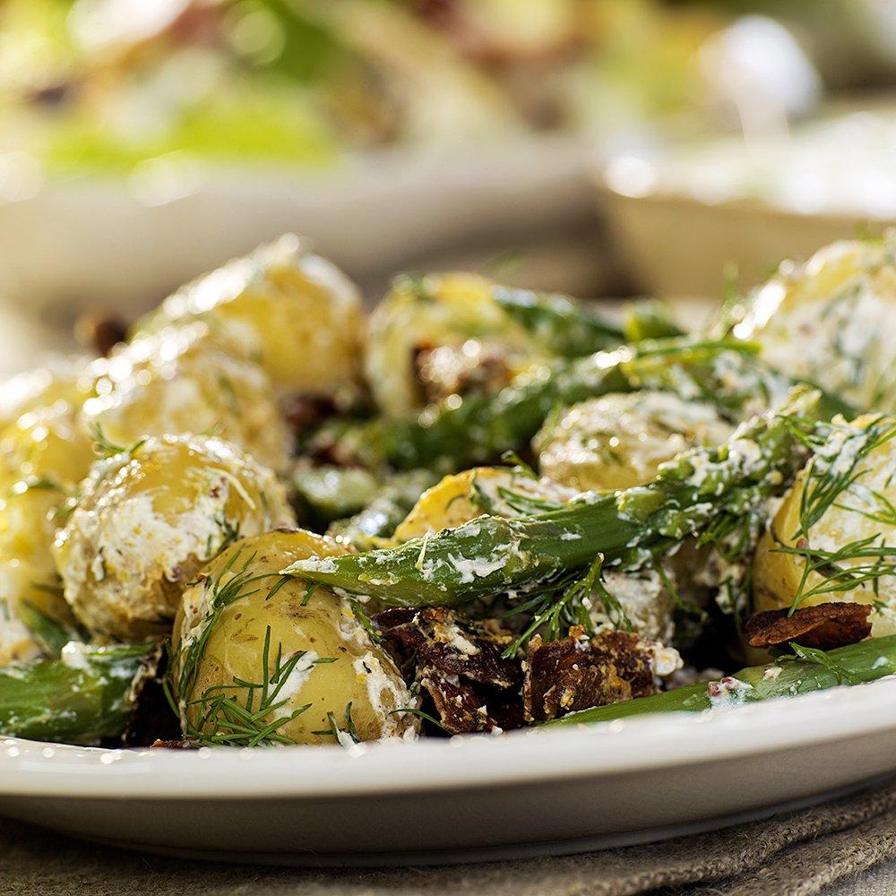 Supergod potet- og aspargessalat