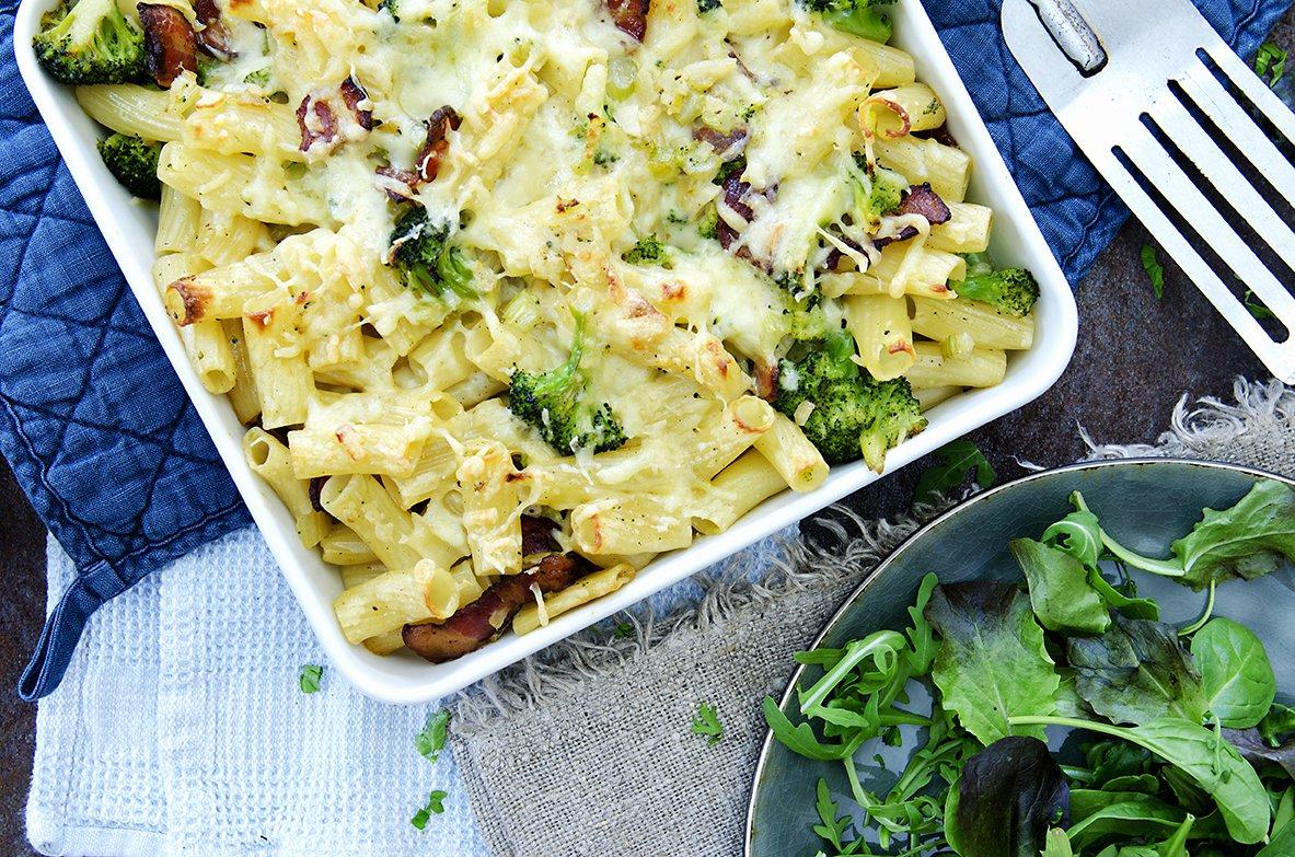grateng med pasta og bacon