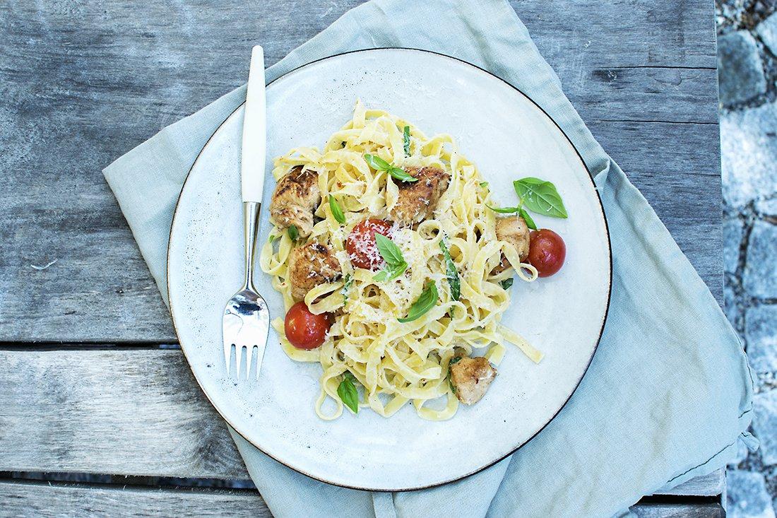 pasta med kylling og tomater