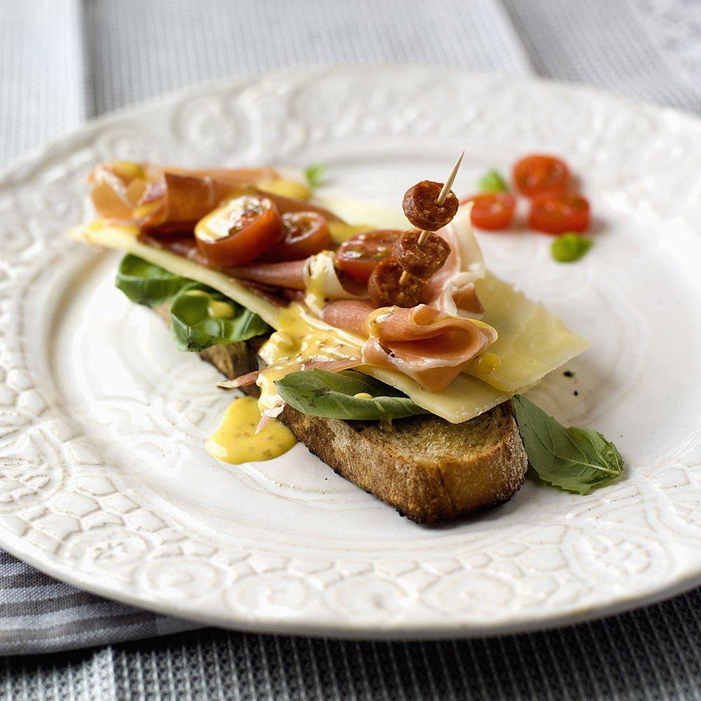 toast-med-ost-og-spekeskinke