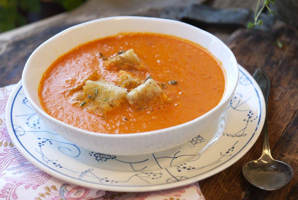 paprika-og-tomatsuppe