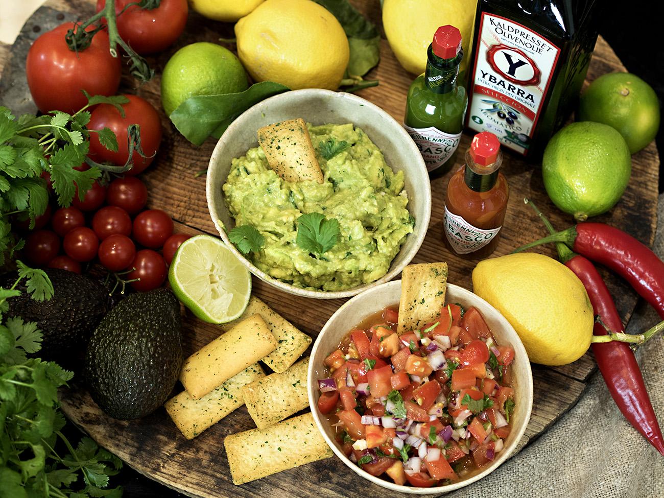 tomatsalsa og guacamole