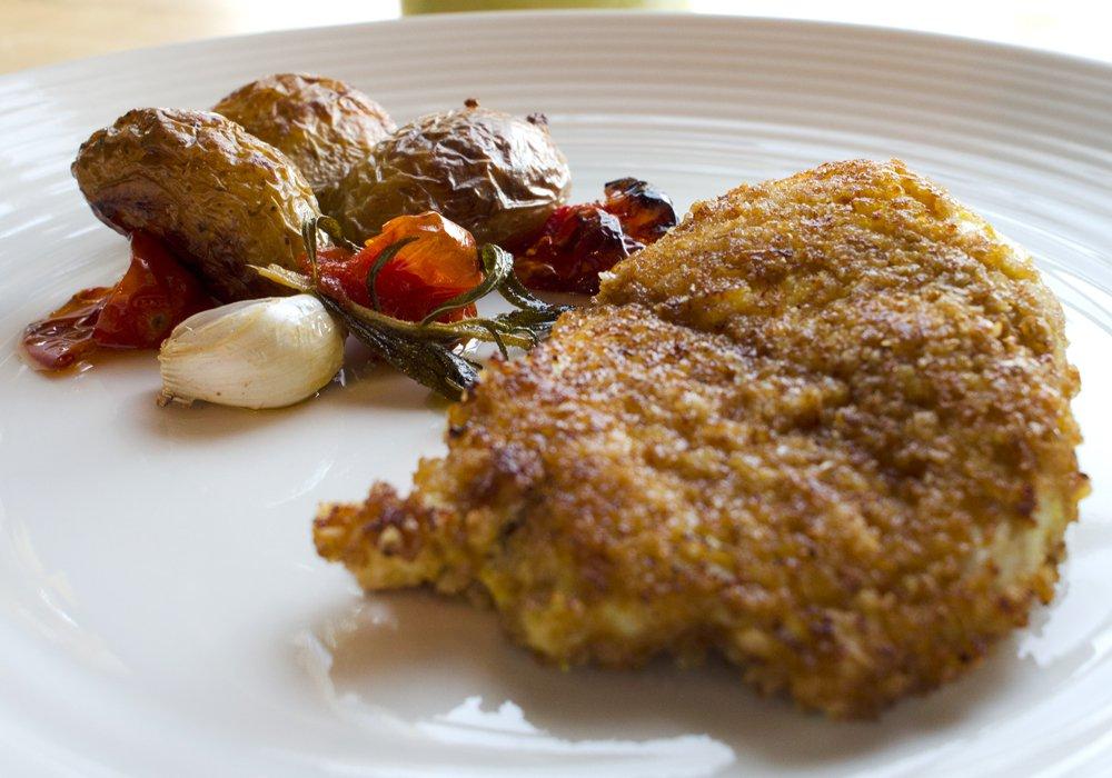 Saftig, panert kylling til middag