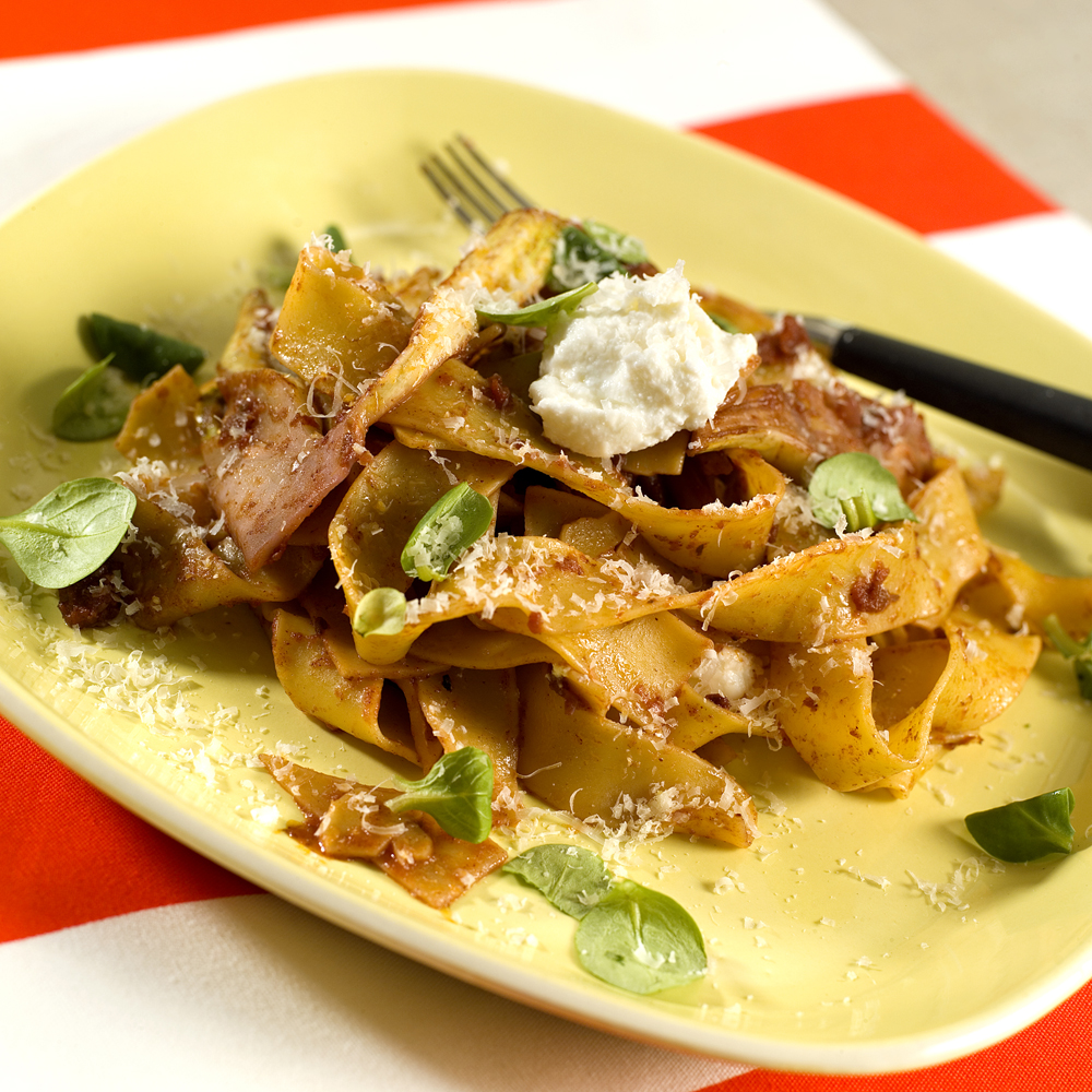 Båndspagetti med fennikel og ricotta
