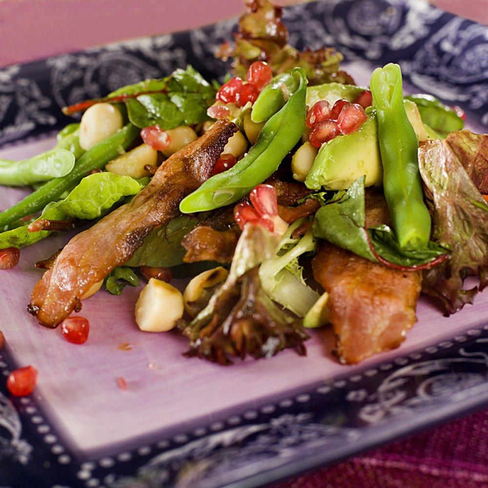 Salat med bacon og granateple