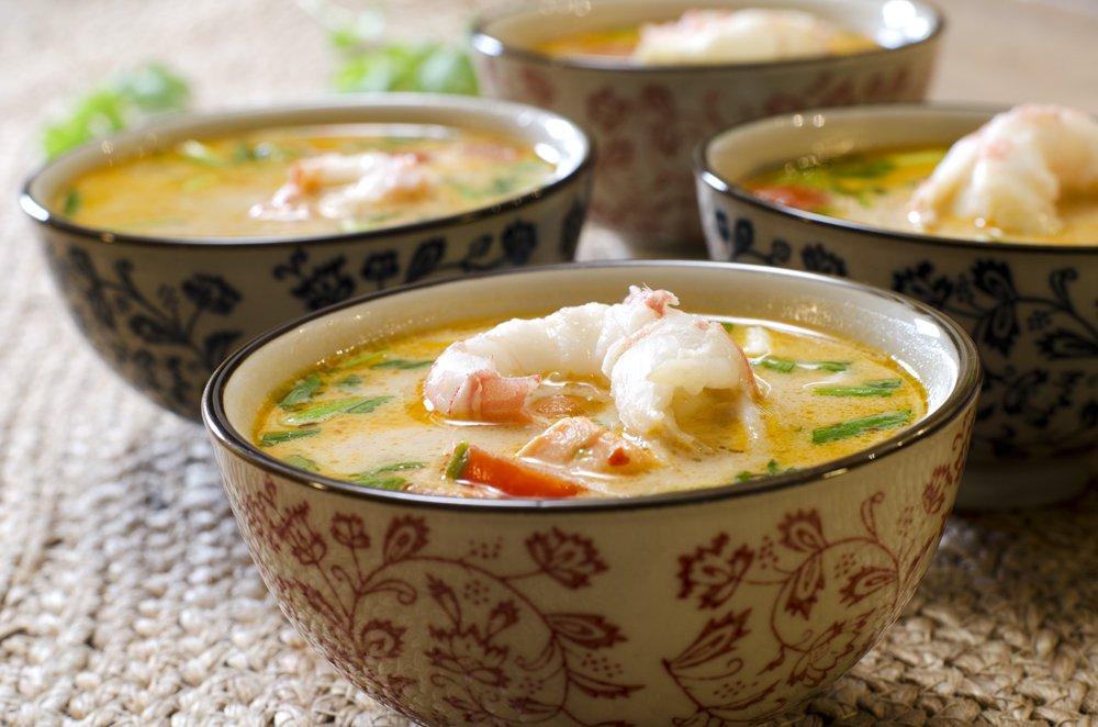 Tom Yam-suppe med sjøkreps og laks