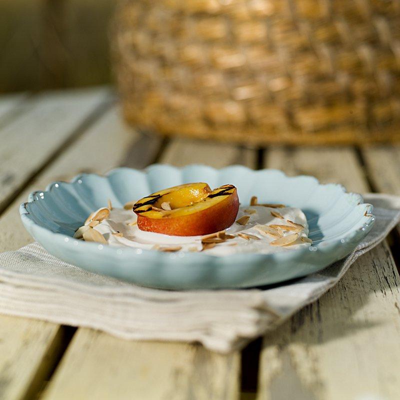 Grillede nekatriner med yoghurtkrem