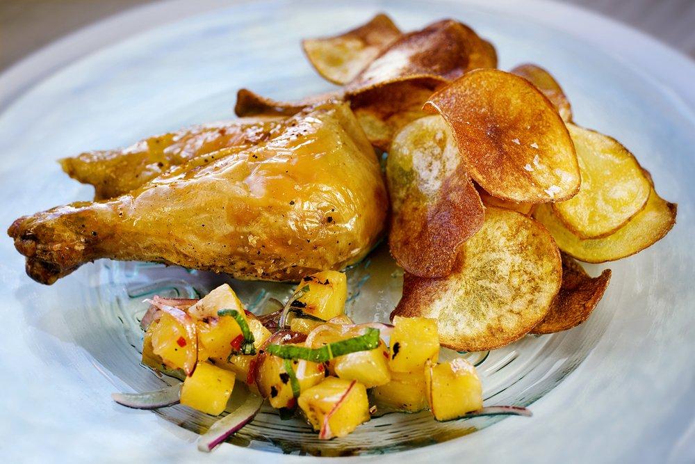 stekt kylling med hjemmelagd potetgull