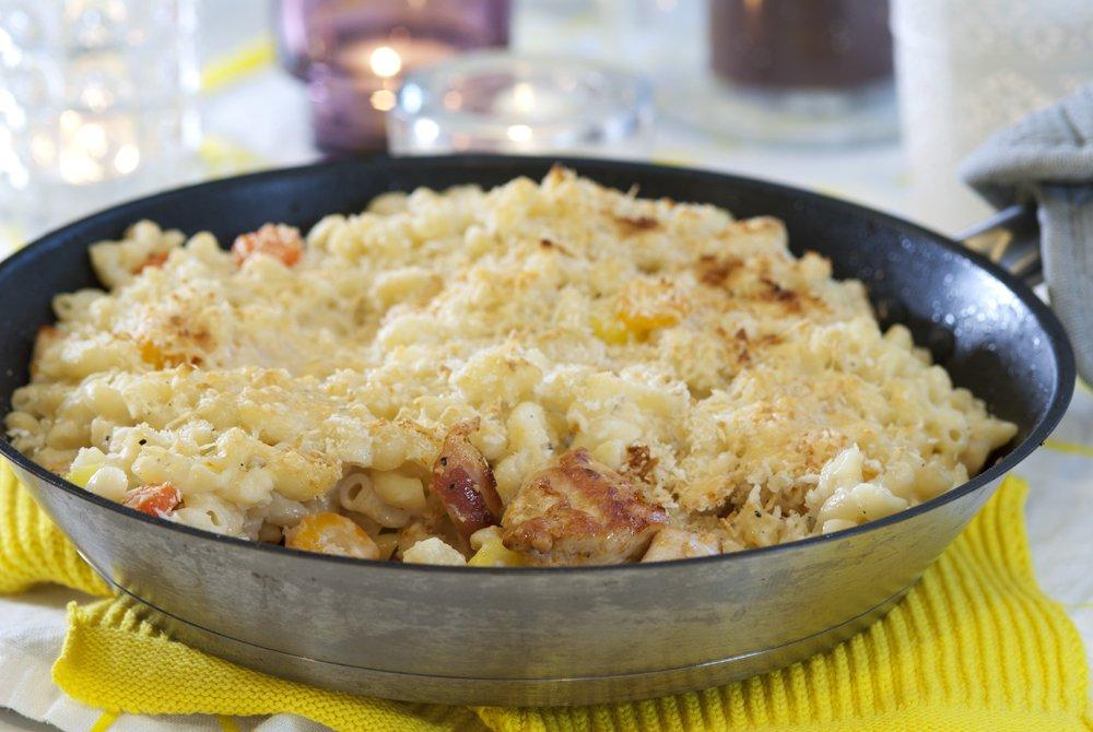 Kylling og bacon med makaronilokk