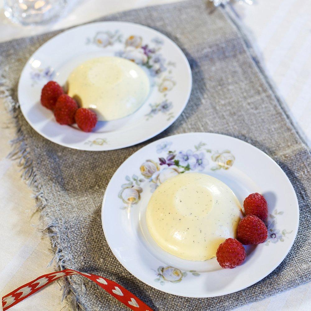 Panna cotta med vanilje og kanel