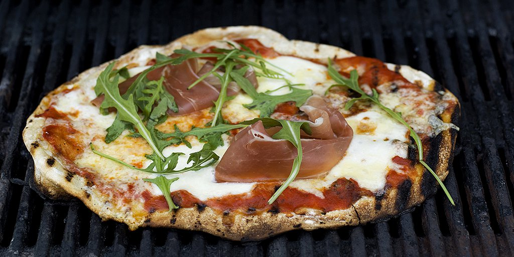 Pizza på grillen!