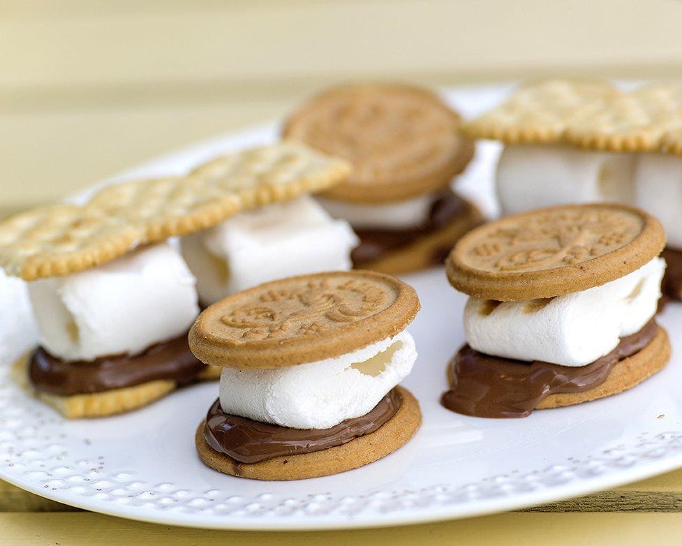 Denne desserten lager du på grillen!