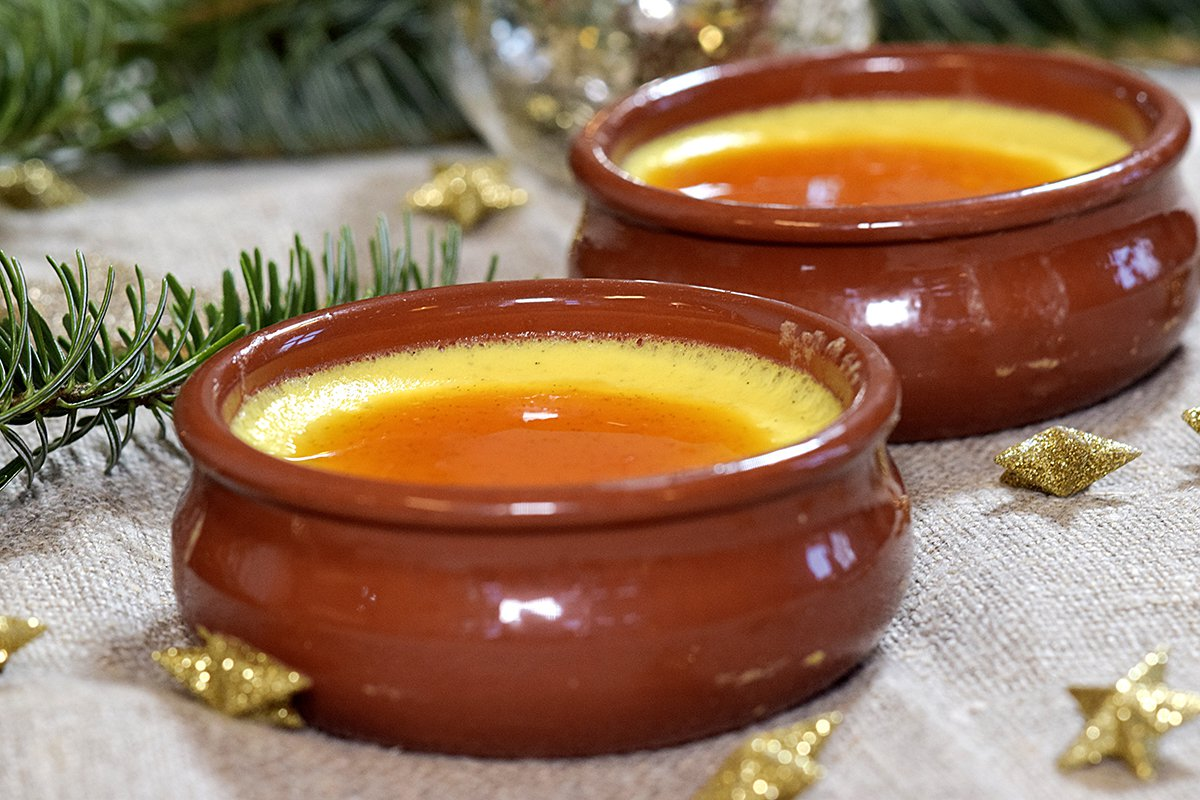 Karamellpudding med appelsinsaus