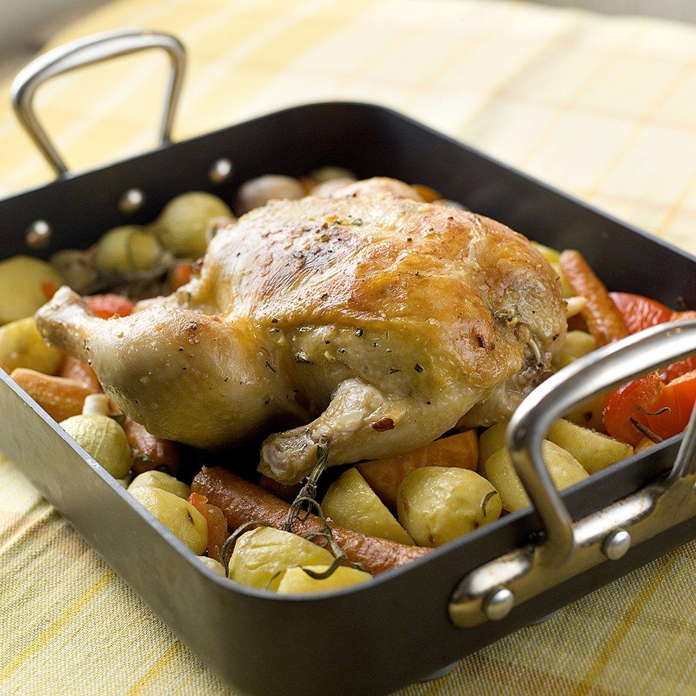 Helstekt kylling med massevis av hvitløk
