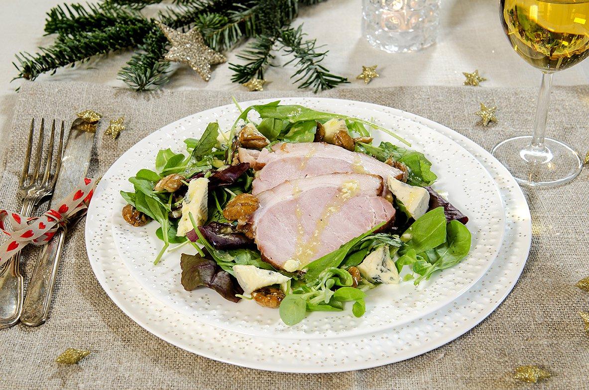 Luksuriøs restemat - salat med juleskinke og blåmuggost