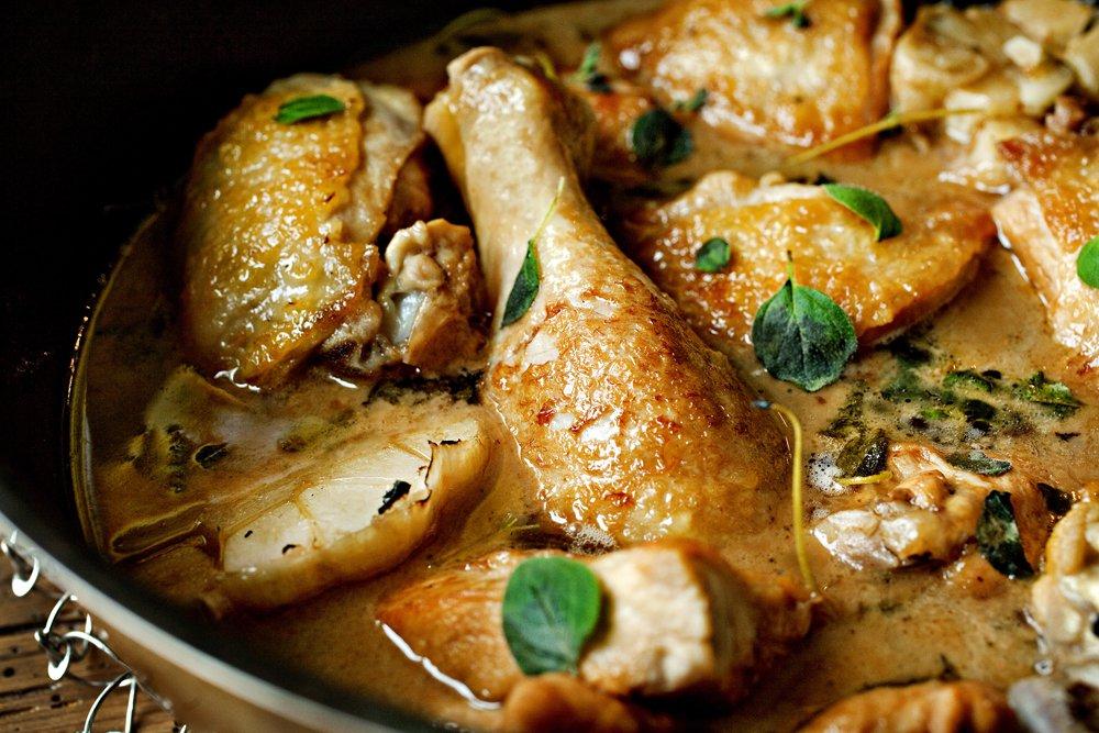 Marsalakokt kylling med bønnesalat