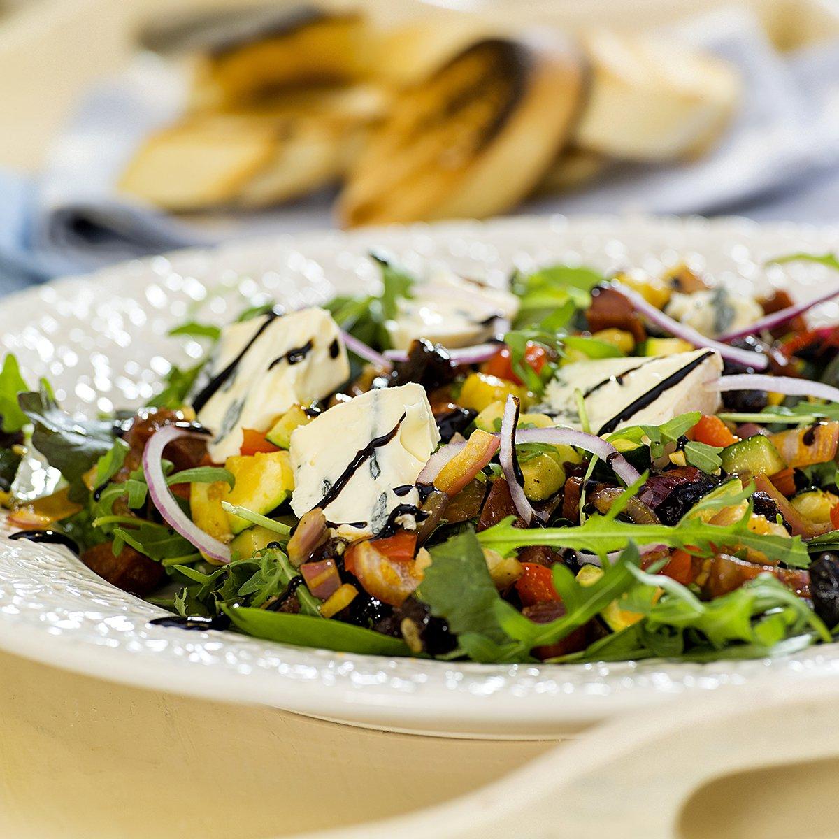 Deilig rustikk salat