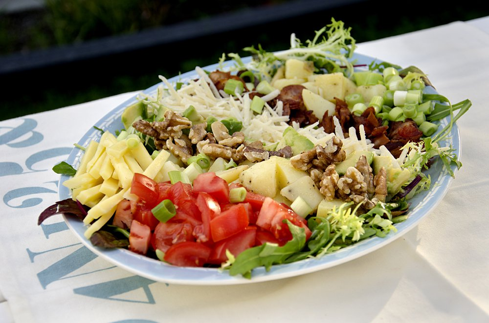 potetsalat-med-ost-bacon-og-avokado