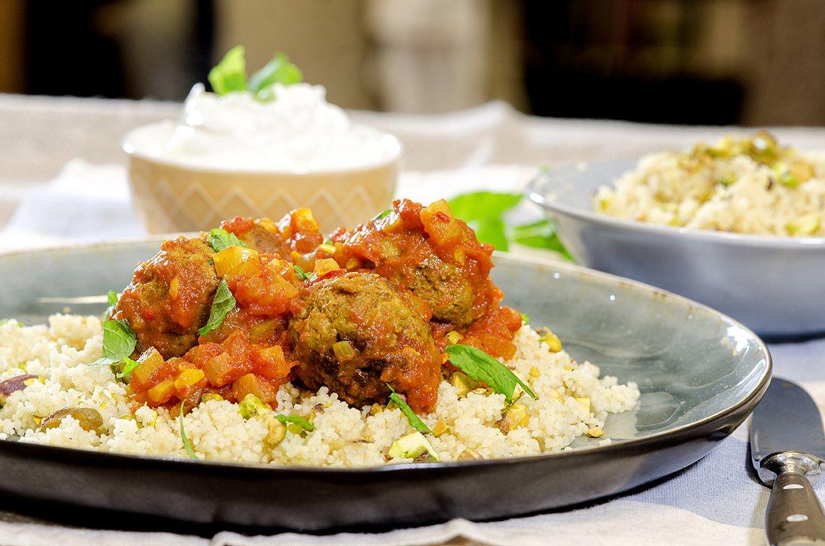kjottboller-og-couscous-med-tomatsaus