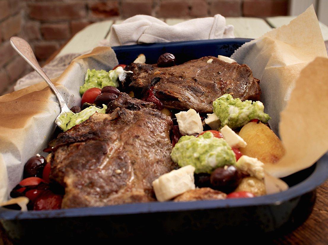 Ovnsbakte koteletter og grønnsaker