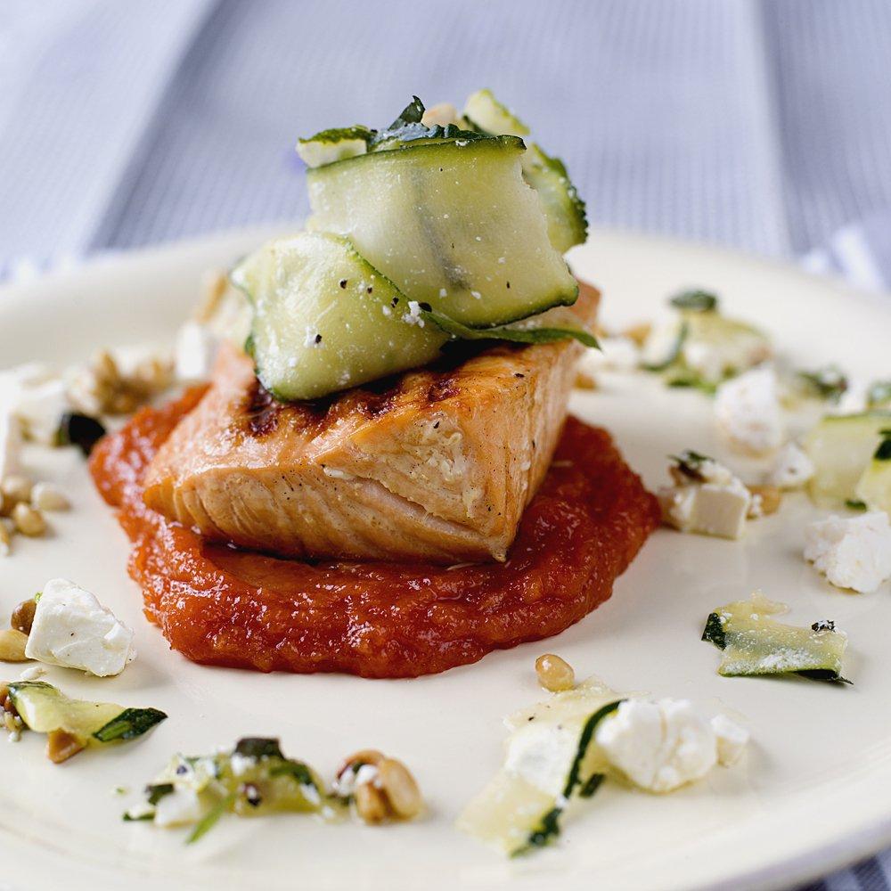 laks-med-sot-tomatsaus-2