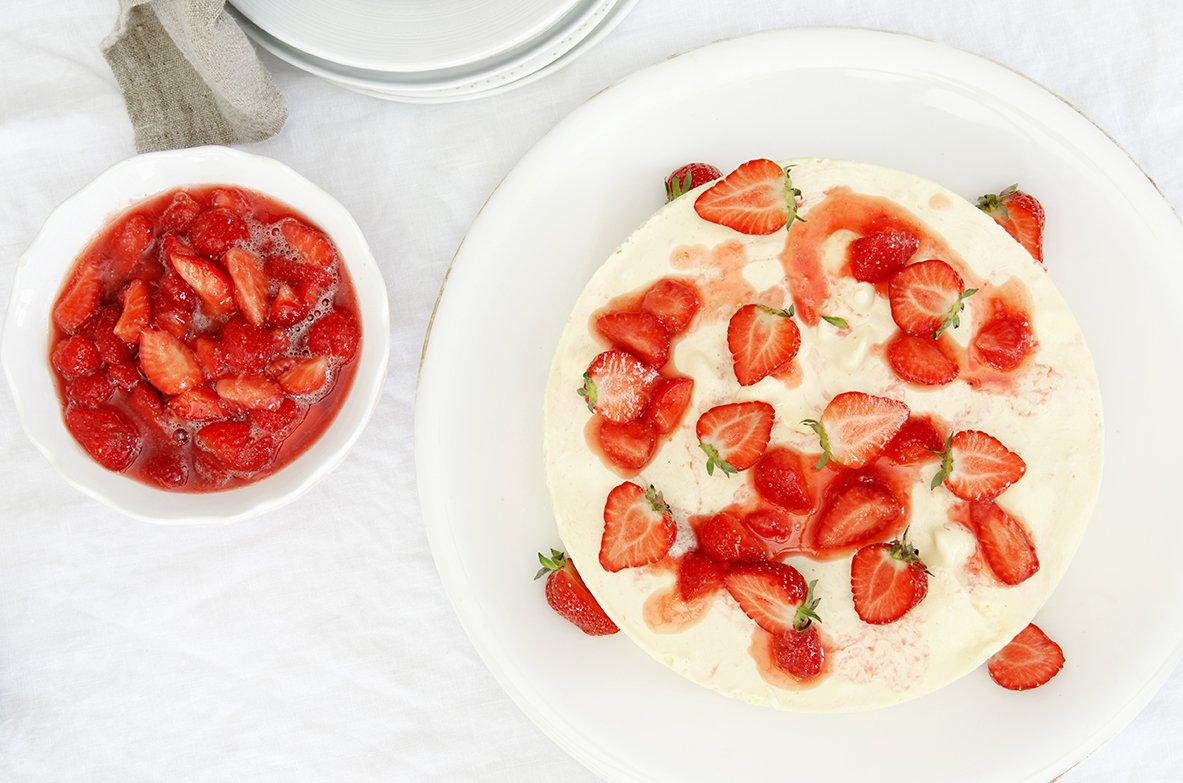 iskake med jordbær 2