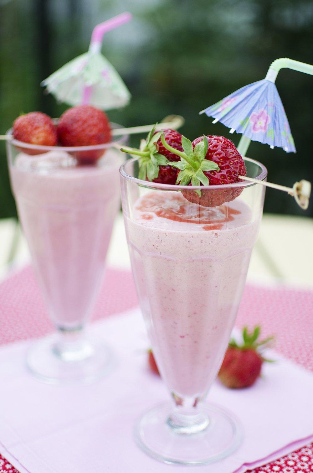 forfriskende jordbærmilkshake
