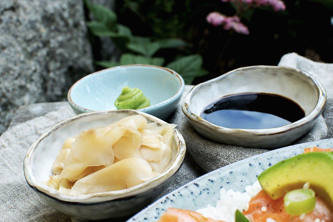 syltet ingefær, soyasaus og wasabi