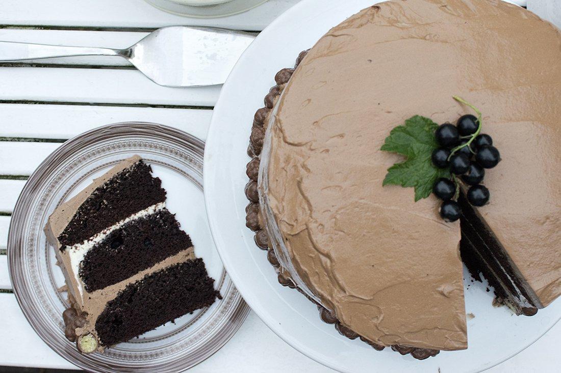festsjokoladekake i tre lag