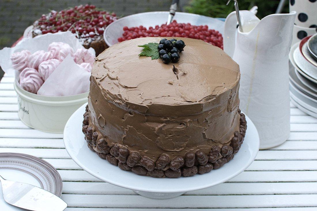 sjokoladekake med marengssmørkrem