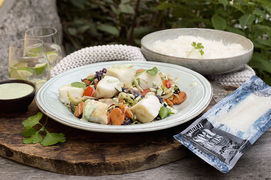 torsketerninger med grønnsaker og persillesaus